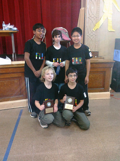 FLL2-Team-with-Awards