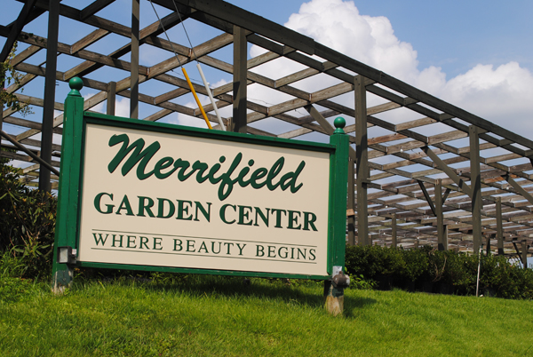 Exceptionnel Garden1. A Sign For The Merrifield Garden Center ...